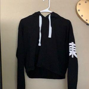 Black v-neck crop hoodie!